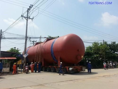 Vận chuyển thiết bị nhiệt điện bằng mooc trailer