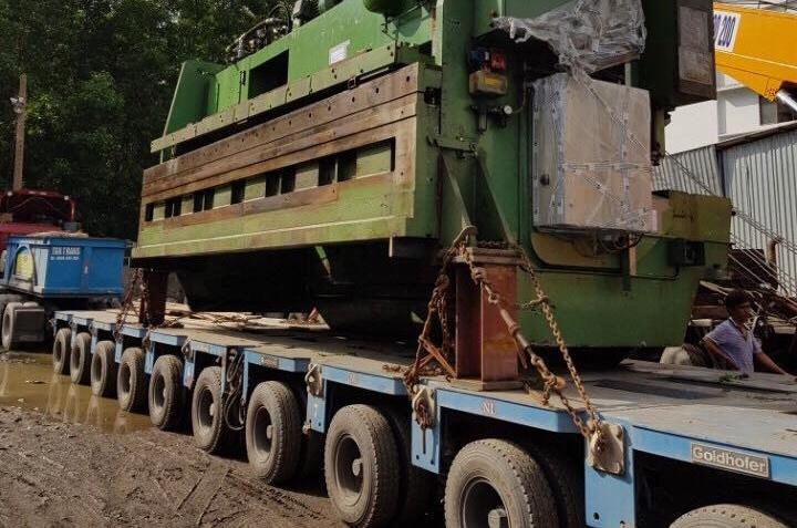 Vận chuyển máy cắt siêu trường siêu trọng nước ngoài về Việt Nam